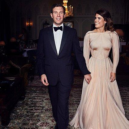 Πριγκίπισσα Ευγενία: Η αδημοσίευτη φωτογραφία με το δεύτερο νυφικό της είναι παραμυθένια