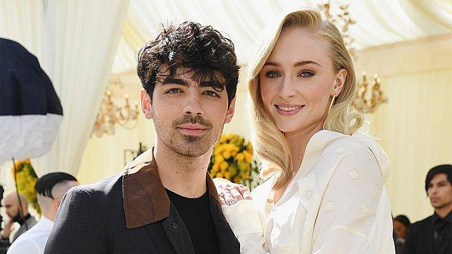Μίνι σκάνδαλο με πρωταγωνιστές τον Joe Jonas τη Sophie Turner και τον...  πρώην  [photo]
