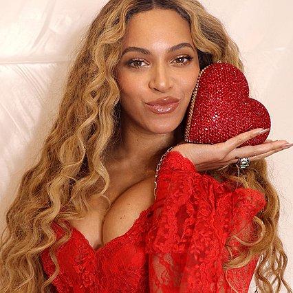 Νέο ντοκιμαντέρ αποκαλύπτει τη ζωή της Beyonce πίσω από τις κάμερες