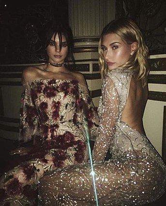 Kendall Jenner - Hailey Baldwin: Διασκέδασαν στο Coachella σαν κολλητές (βίντεο)