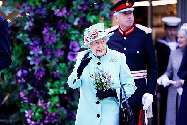 93 κεράκια για τη βασίλισσα Ελισάβετ: Το εντυπωσιακό βίντεο που έδωσε στη δημοσιότητα το παλάτι