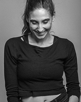 Φωτεινή Αθερίδου: Η φωτογραφία με φουσκωμένη κοιλίτσα φανερώνει την άλλη... χρήση της