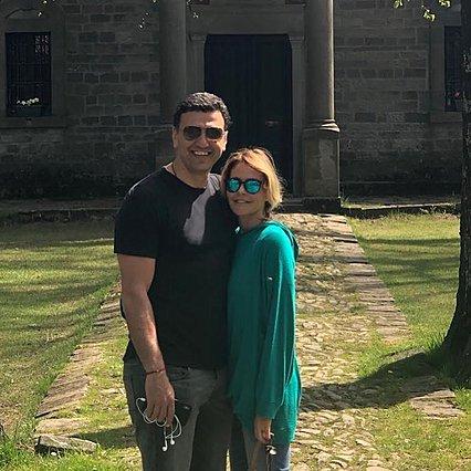 Τζένη Μπαλατσινού - Βασίλης Κικίλιας: Η νέα κοινή φωτογραφία στάζει... έρωτα