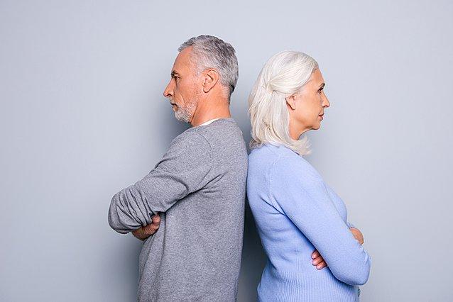 Οι γονείς μου χωρίζουν σε μεγάλη ηλικία. Πώς να το αντιμετωπίσω;