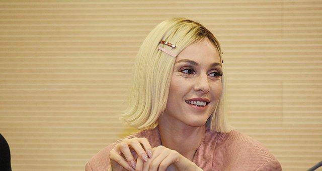 Eurovision 2019: Η Τάμτα αναχώρησε για Τελ Αβίβ μαζί με την 23χρονη κόρη της! [Φωτογραφίες]