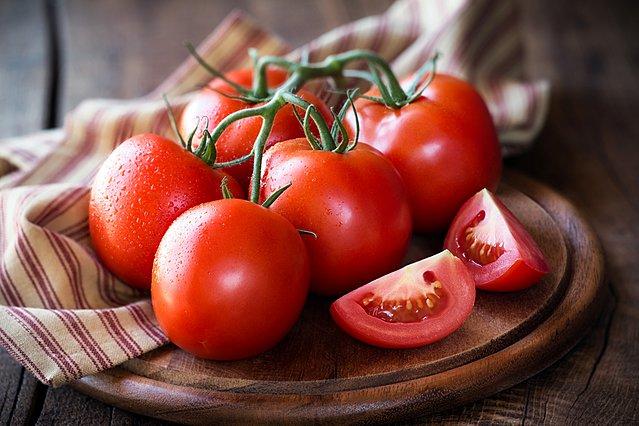 Άγουρες ντομάτες; Έτσι θα τις βοηθήσεις να ωριμάσουν πιο γρήγορα