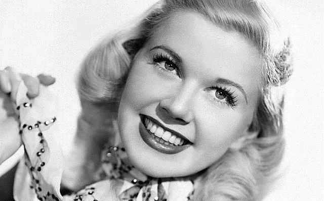Πέθανε η σπουδαία ηθοποιός και τραγουδίστρια Doris Day! [Βίντεο]