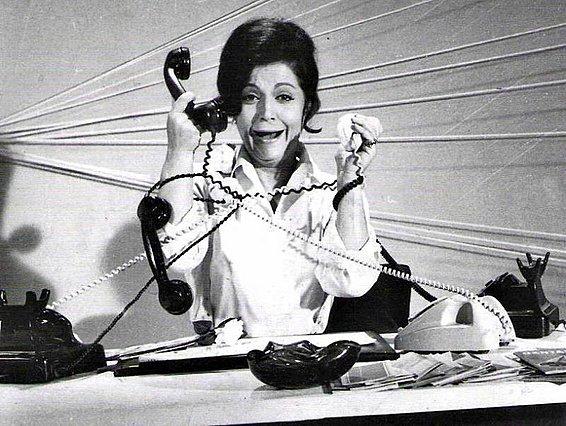 Παγκόσμια Μέρα Τηλεπικοινωνιών σήμερα και τη γιορτάζουμε με χιούμορ [video]