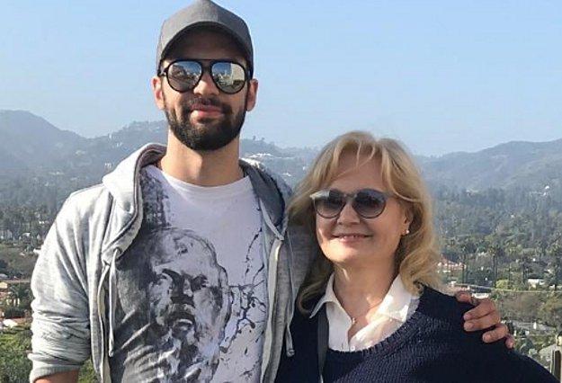 H Αγγελική Νικολούλη αγκαλιά με το γιο της ρίχνει το instagram! [Φωτογραφίες]