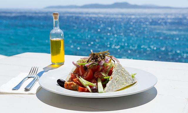 Μεσογειακή διατροφή: Τι είναι και γιατί ξεχωρίζει από όλες τις άλλες;
