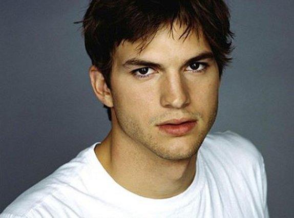 Ashton Kutcher: Γιατί βρέθηκε στο δικαστήριο;
