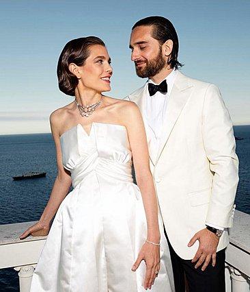 Παντρεύτηκε η Charlotte Casiraghi - Η μοναδική επίσημη φωτογραφία του γάμου και η έμπνευση για το νυφικό