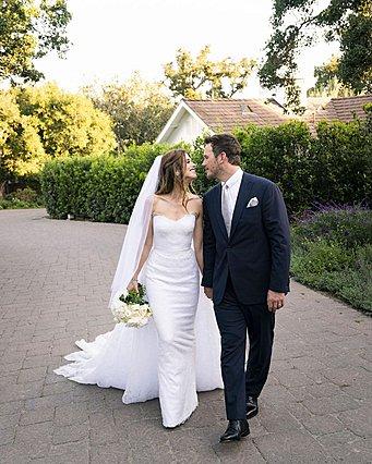 Ο Chris Pratt και η Katherine Schwarzenegger μοιράζονται μία και μοναδική φωτογραφία του γάμου τους