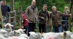 Η Kate και ο William κουρεύουν πρόβατα και αποκαλύπτουν ένα μυστικό τους [video]