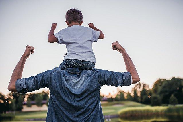 5 σημάδια ότι θα γίνει ο καλύτερος μπαμπάς