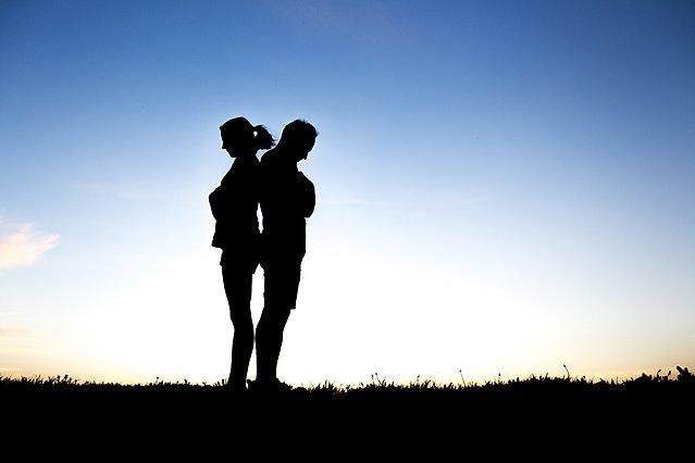 Χωρισμός σοκ στο Χόλιγουντ, ένα βήμα πριν από τον γάμο