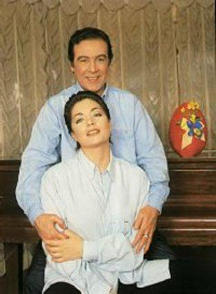 Μαρία λεν' την Παναγιά<BR>Μαρία και την κόρη τους