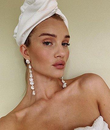 Θέλεις να βγαίνεις τέλεια στις φωτογραφίες; Αυτά είναι τα makeup tips που θα σε βοηθήσουν