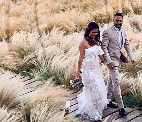 Βάσω Λασκαράκη - Λευτέρης Σουλτάτος: Η απίθανη φωτογραφία από το πάρτι του γάμου τους που δεν είχαμε δει