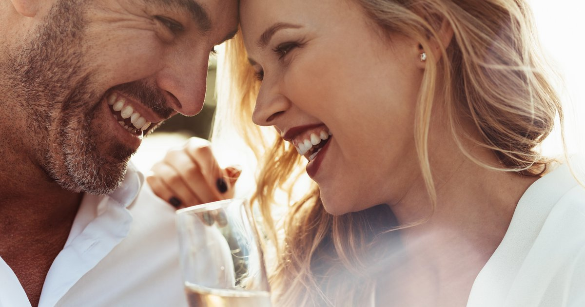 Έλεγχος ηλικίας για γνωριμίες σε απευθείας σύνδεση