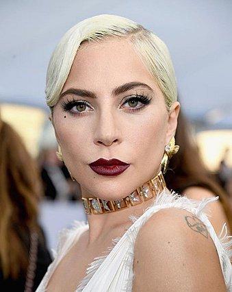 Οι πρώτες φωτογραφίες από το brand καλλυντικών της Lady Gaga είναι εδώ!