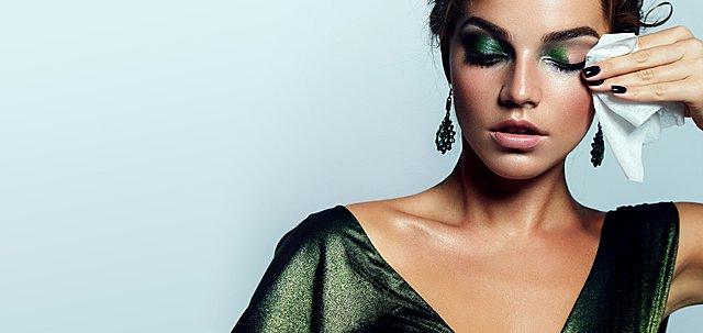 Mακιγιάζ ματιών: Τα 5 πιο συνηθισμένα λάθη που σε κάνουν να φαίνεσαι μεγαλύτερη