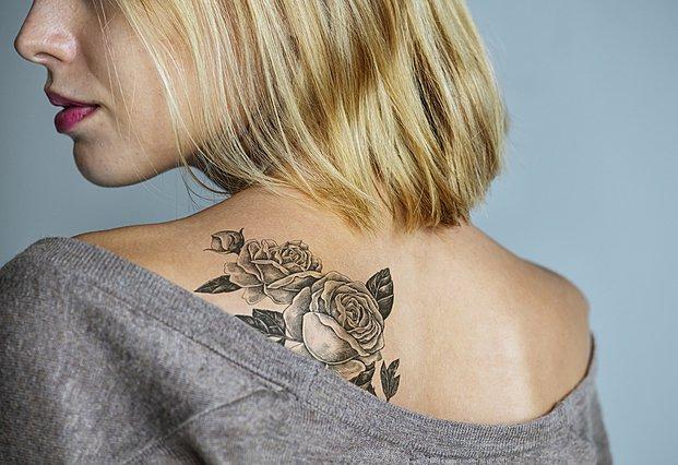 Oι 3 λόγοι για τους οποίους τα τατουάζ μπορεί να γίνουν επικίνδυνα για την υγεία σου