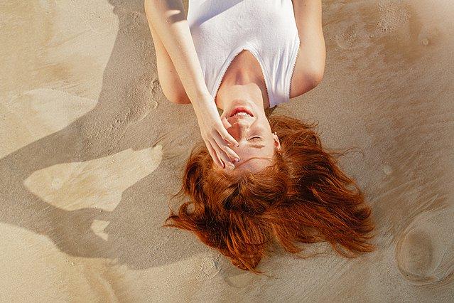Τι είναι η αλλεργία στον ήλιο και πώς μπορείς να την καταπολεμήσεις