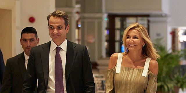 Μαρέβα Μητσοτάκη: Η εντυπωσιακή εμφάνιση της πρώτης κυρίας στην Κύπρο! [Photo]