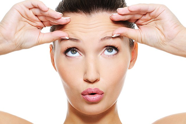 Γιατί οι ρυτίδες του δέρματος είναι περισσότερες γύρω από τα μάτια;