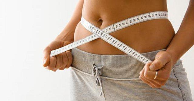 Γιατί η διακοπή της δίαιτας για μικρό χρονικό διάστημα μπορεί να ενισχύσει την απώλεια βάρους αντί να την εμποδίσει;