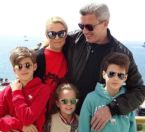 Νίκος Χατζηνικολάου: Δε φαντάζεσαι πώς τρώνε πίτσα στην οικογένειά του [photo]