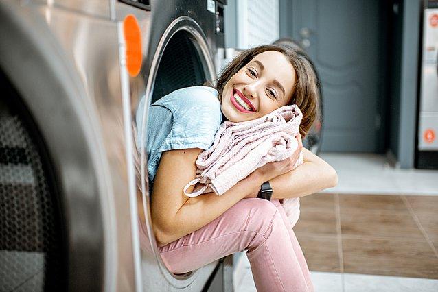Το έξυπνο κόλπο για το τέλειο πλύσιμο ρούχων