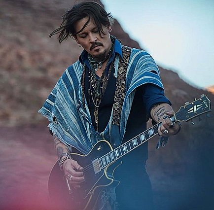 Johnny Depp: Είναι αγνώριστος στο trailer της νέας του ταινίας