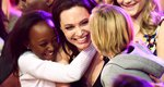Angelina Jolie και Zahara Jolie Pitt: Μαμά και κόρη με το ίδιο φόρεμα [photos]