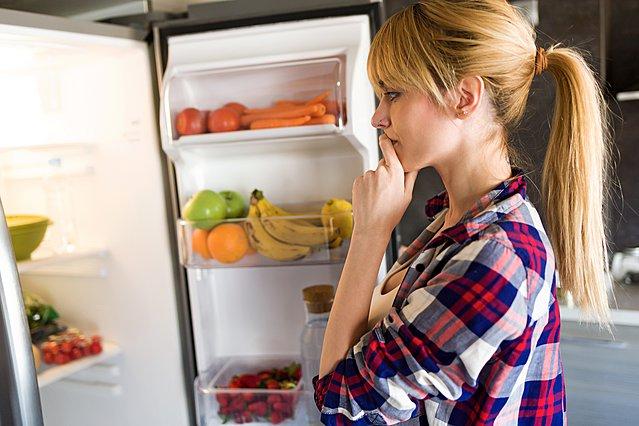 Με αυτόν τον τρόπο θα διώξεις τις δυσάρεστες μυρωδιές από το ψυγείο σου