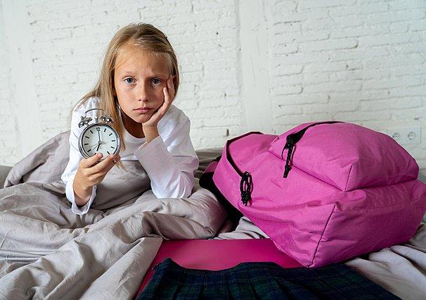 Πρωινό ξύπνημα για το σχολείο: 3 βασικά προβλήματα και πώς να τα αντιμετωπίσεις