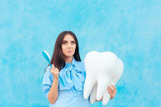 Πώς μπορείς να κάνεις λεύκανση δοντιών στο σπίτι σου