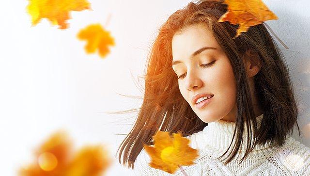 4 tips φθινοπωρινής περιποίησης από την αισθητικό της Chrissy Teigen