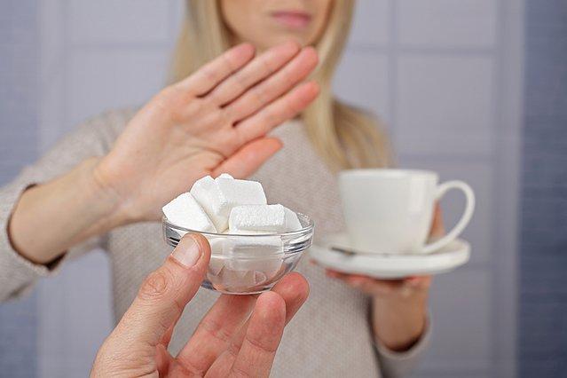 Ζάχαρη στοπ: Ιδού ο πιο εύκολος και έξυπνος τρόπος για να την αντικαταστήσεις