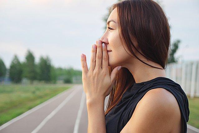 7 απλοί τρόποι για να γίνεις πιο αισιόδοξη στη ζωή σου και να καταπολεμήσεις το άγχος