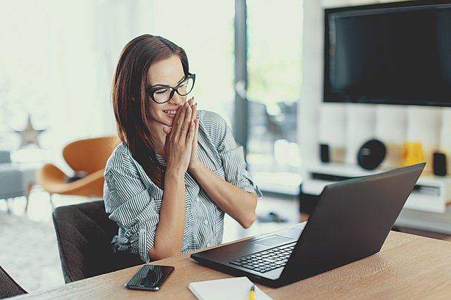 6 σημαντικά πράγματα που πρέπει να κάνεις πριν δεχτείς την προσφορά για μια δουλειά