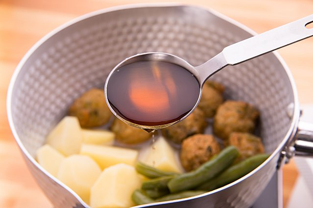 Mirin: Όλα όσα πρέπει να ξέρεις για ένα από τα πιο γευστικά συστατικά της ιαπωνικής κουζίνας