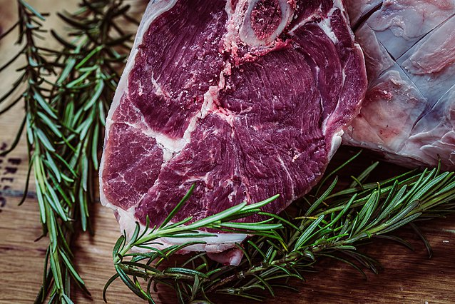 Είναι ασφαλές να βάλεις πάλι στην κατάψυξη κρέας που έχει αποψυχθεί;