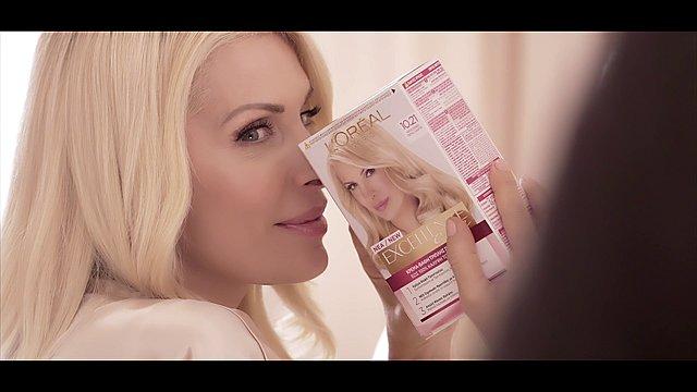 Νέα τηλεοπτική καμπάνια για τη βαφή μαλλιών Excellence από τη L'Oréal Paris, με πρωταγωνίστρια την Ελένη Μενεγάκη