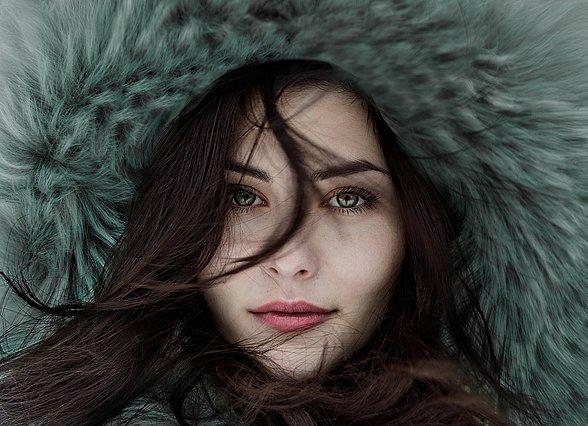 8 συμβουλές για να προστατέψεις το δέρμα σου από το κρύο του χειμώνα