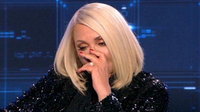 Συγκλονιστική Ρούλα Κορομηλά: Οι 10 εξωσωματικές, η υιοθεσία, τα δάκρυα της, τα τηλεοπτικά πρόσωπα και η τηλεθέαση! [Βίντεο]