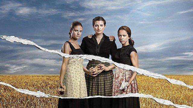 Αγριες Μέλισσες: Η Ελένη προκαλεί την οργή ολόκληρου του χωριού - Το ένοχο μυστικό της Ανέτ και η εγκυμοσύνη!