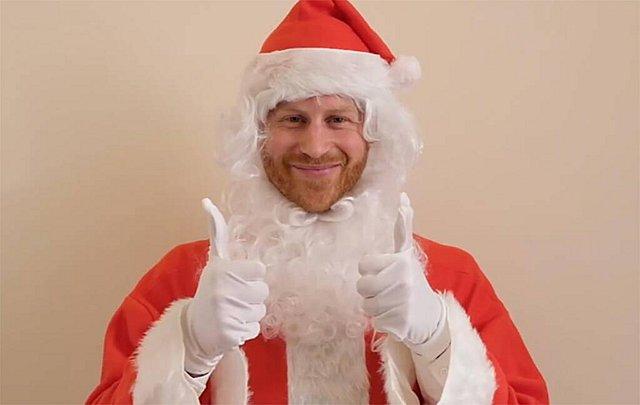 Γιατί ντύθηκε Άγιος Βασίλης ο πρίγκιπας Ηarry; Το βίντεο που έγινε viral