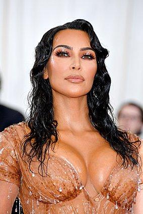 Kim Kardashian: Έφτιαξε μάσκες και έγιναν sold out σε μια ώρα